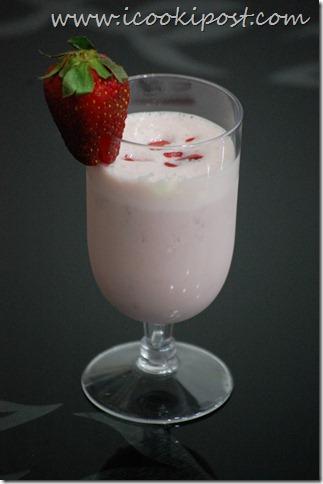 Strawberry shake (2)